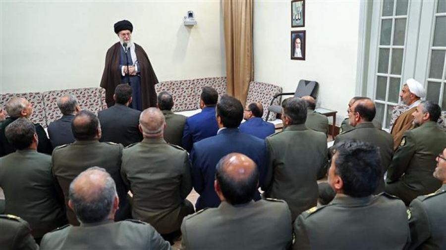 Iranian Army must become stronger, more efficient: Ayatollah Khamenei