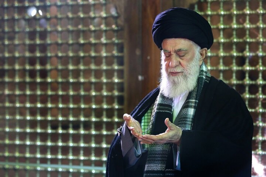 Which supplication did Imam Khamenei recommend after the outbreak of Coronavirus?