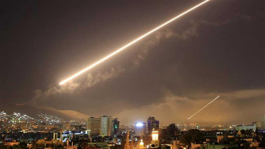 Syria strike nothing but 'political theater': Analyst