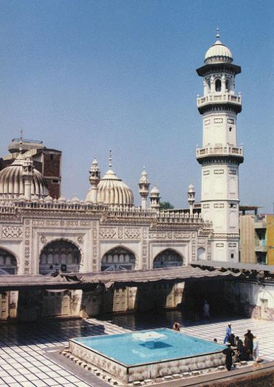 Мечеть Махабат Хана, ПЕШАВАР 1630.